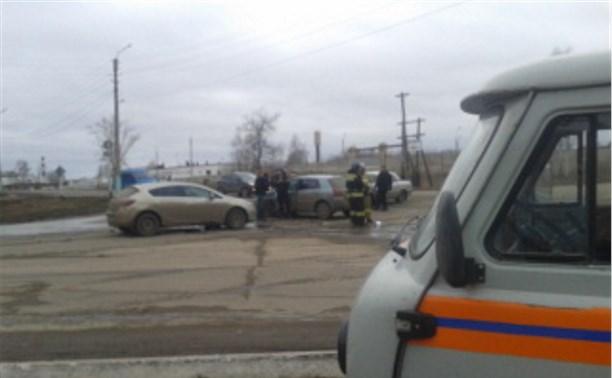 В Кимовске на перекрёстке столкнулись три автомобиля