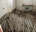 В бывшем здании Узловской обувной фабрики обнаружен склад ртутных ламп