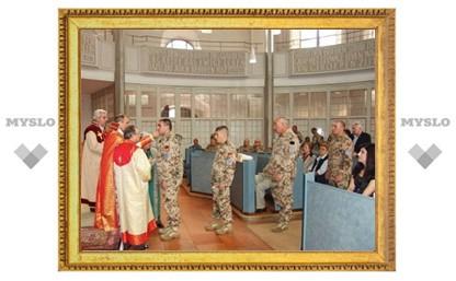 Армянские миротворцы причастились перед отъездом в Афганистан