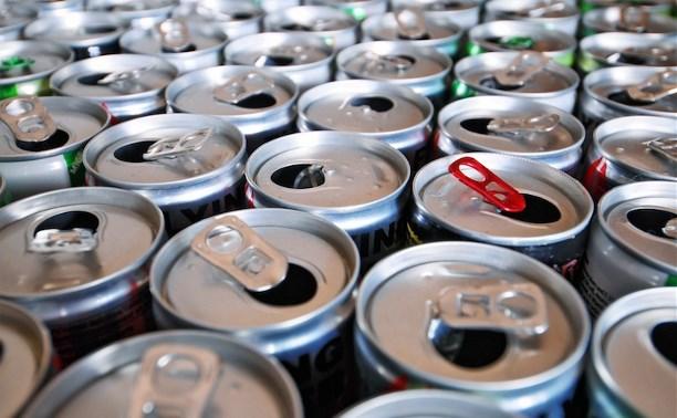 Регионам могут запретить устанавливать ограничения на торговлю алкоэнергетиками