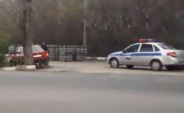 В Новомосковске пьяный водитель из Орловской области пытался скрыться от ДПС