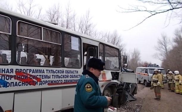 В аварии с рейсовым автобусом «Тула – Липки» погиб 15-летний мальчик