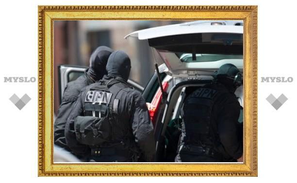 Во Франции неизвестный захватил заложников в детском саду