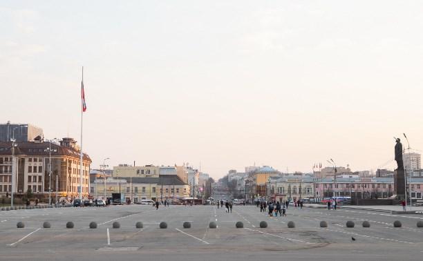 В Туле на три недели запретят парковаться возле площади Ленина