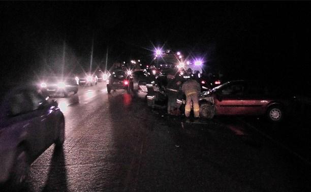 На трассе «Крым» в ДТП погиб пассажир «Форда»