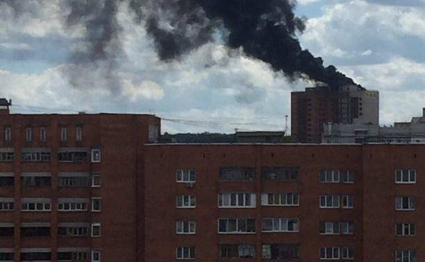 В Туле горит недостроенная 16-этажка