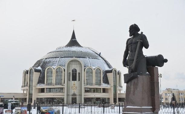 Татьяны и студенты могут бесплатно посетить музей оружия