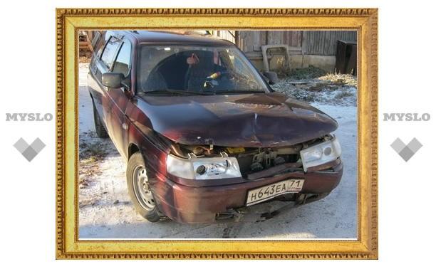 В Тульской области мужчина сбил на трассе пешехода и скрылся, оставив его умирать на дороге