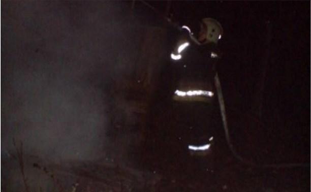 В поселке Зайцево в одной из дач загорелся чердак