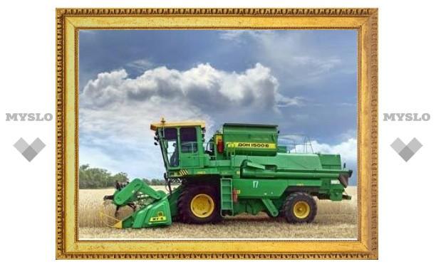 С половины российских полей собрали на треть меньше зерна