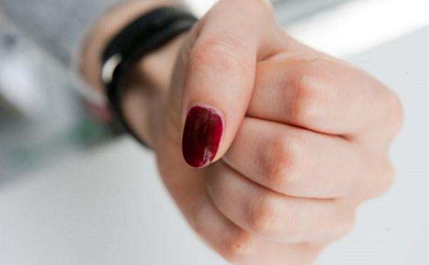 В Щёкино женщина заступилась за мужа, ударив полицейского в глаз