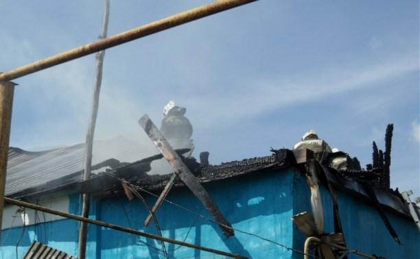 В Туле в частном доме сгорела кровля