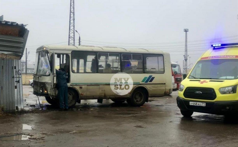 Авария с автобусом в Туле: возбуждено уголовное дело, 6 человек госпитализированы