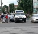 В центре Тулы не разъехались лимузин и легковушка