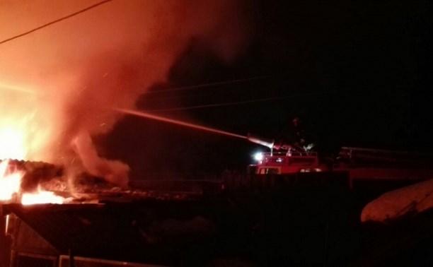 Следователи выясняют обстоятельства гибели четверых человек на пожаре в Богородицке