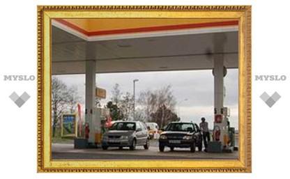 Ценам на бензин предсказали 70-процентный рост к 2011 году