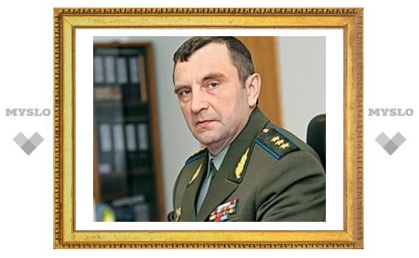 Новому тульскому генералу вручили знамя