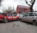 В центре Тулы столкнулись четыре автомобиля