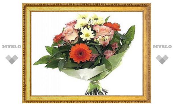 Какие цветы подарить женщине на 8 Марта?