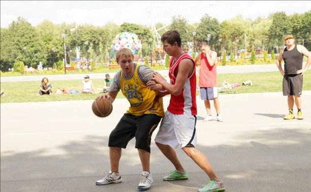 Владимир Груздев поздравил туляков с Днём физкультурника