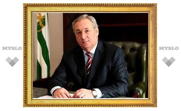 Президент Абхазии приказал уничтожать грузинские корабли, нарушающие морскую границу