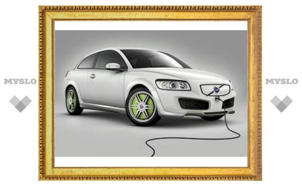 Volvo готовит к дебюту электрокар на базе C30