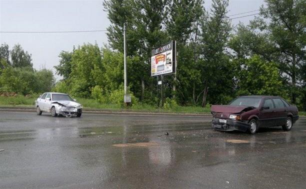 В ДТП под Тулой пострадали двое детей
