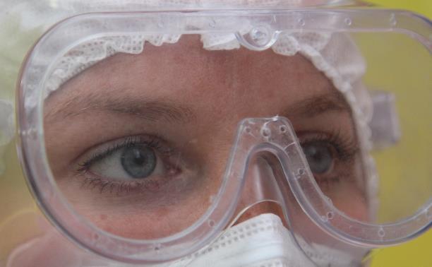 коВид изнутри: эксклюзивный репортаж Myslo о работе врачей скорой помощи
