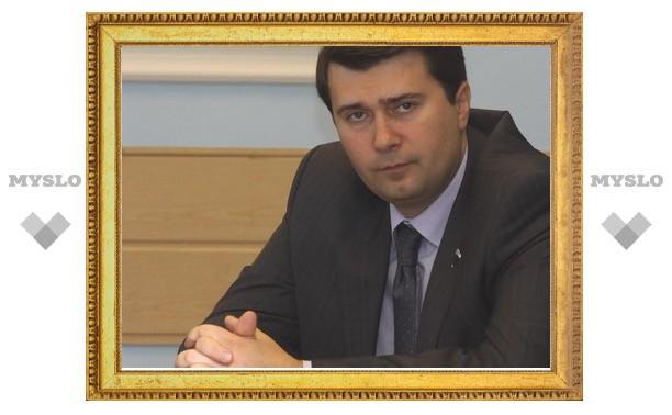 На место Стародубцева в Госдуму придет Олег Лебедев