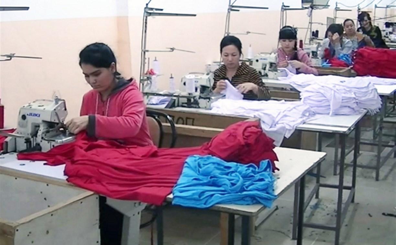 В Туле в швейном цехе незаконно работали мигранты