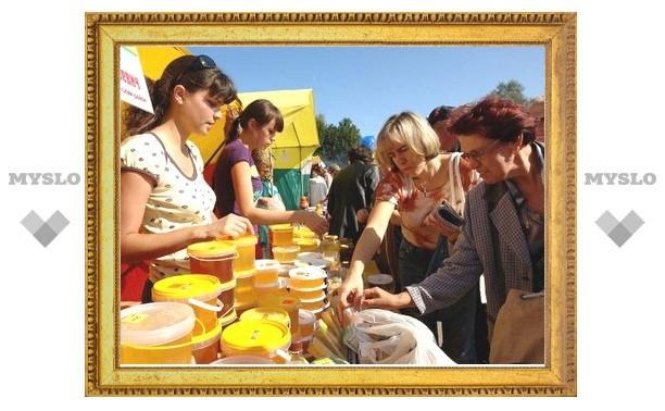 Тульские парки приглашают на День мёда