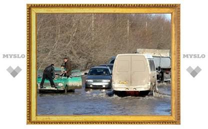 В Туле затопило Алексинское шоссе