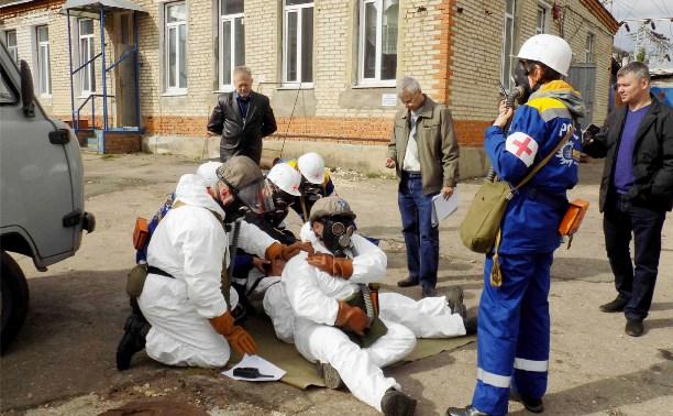 На базе Ефремовских электрических сетей прошли соревнования по гражданской обороне