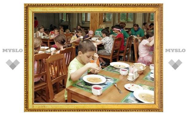 Питание в детских лагерях не отвечает нормам