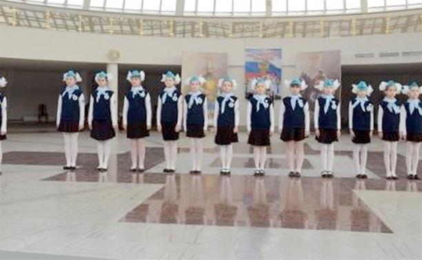 В музее оружия прошел смотр-парад юнармейских отрядов