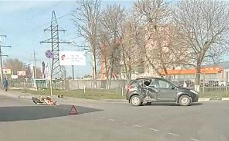 В Туле на Одоевском шоссе в ДТП пострадал мотоциклист