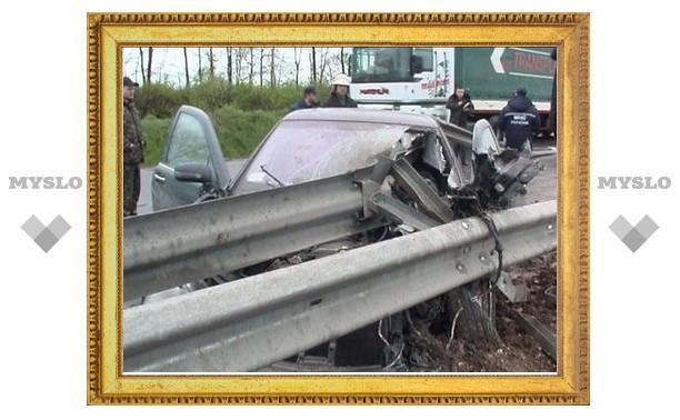 В серьезной аварии с участием четырех автомобилей погиб человек