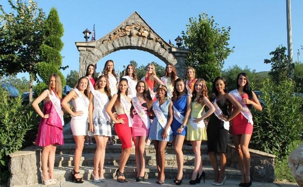 Тульские модели приняли участие в конкурсе Miss Freedom of the World 2015