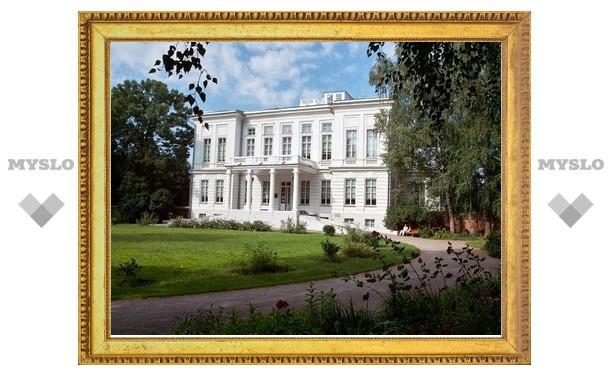Управление Богородицкого дворца-музея бьет тревогу