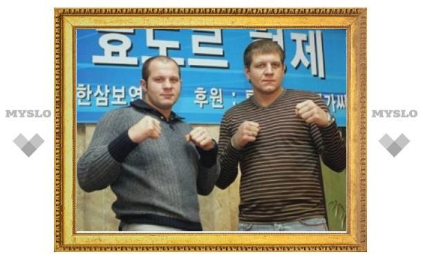 Федор Емельяненко выиграл полуфинал в турнире по боевому самбо всего за 11 секунд