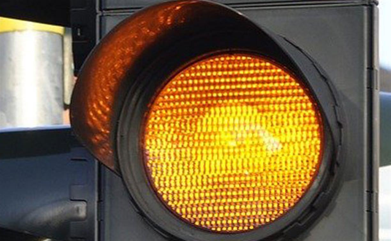 На пересечении ул. Ф. Энгельса и Каминского изменили режим работы светофора