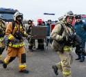 В тульском ТРЦ «Макси» работали пожарные: фоторепортаж