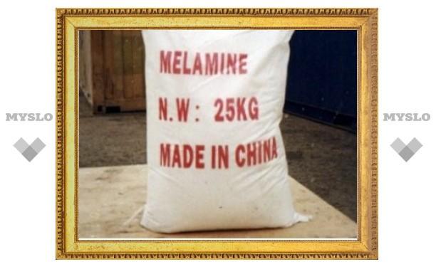 В китайском молоке снова обнаружили меламин