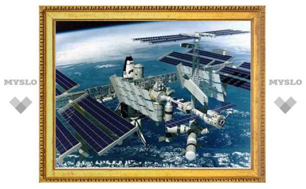Космонавты с МКС будут названивать российским детям