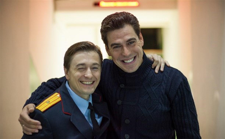 Первый канал покажет новый сериал с Сергеем Безруковым и Дмитрием Дюжевым