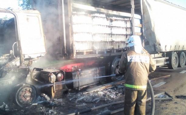 В Тульской области сгорел грузовой MAN