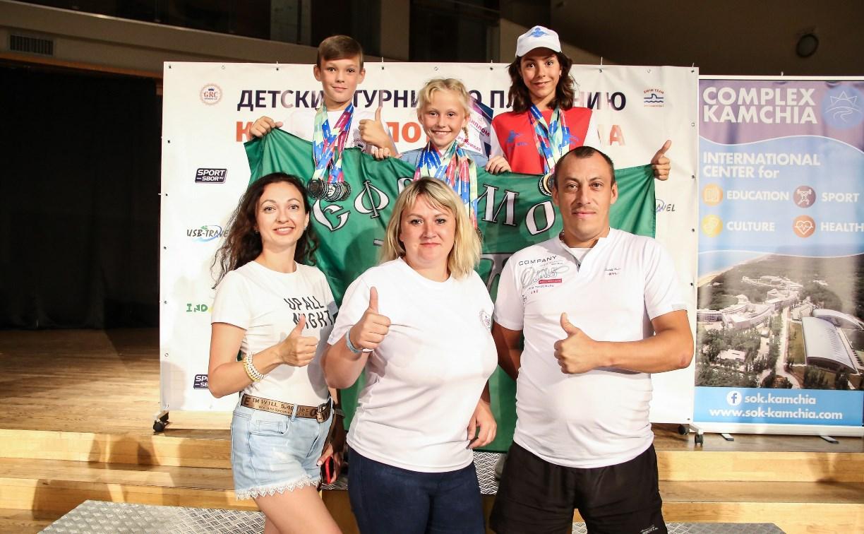 Юные ефремовские пловцы привезли 20 медалей с международного турнира