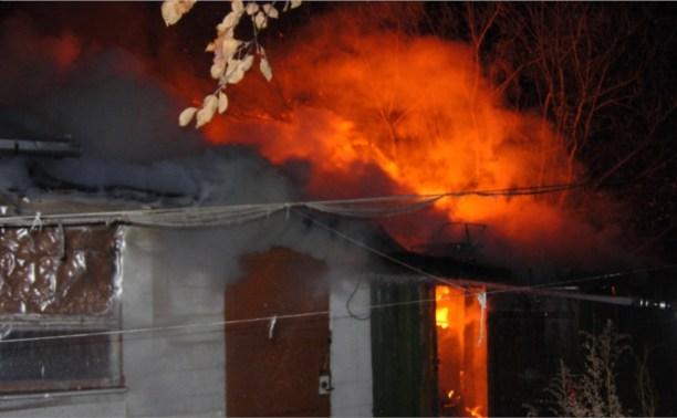 Пожар в Центральном районе Тулы тушили 19 спасателей