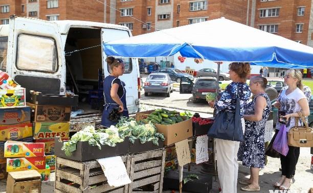 Авилов предложил ввести униформу для продавцов на уличных развалах