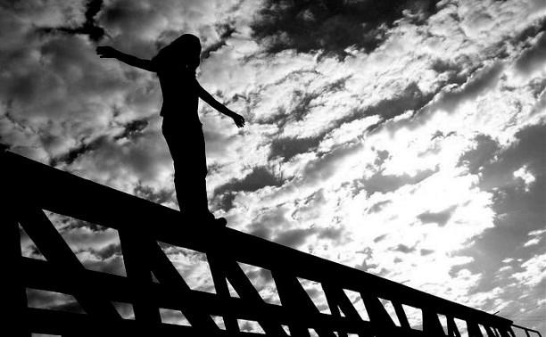 Как уберечь своего ребёнка от суицида?